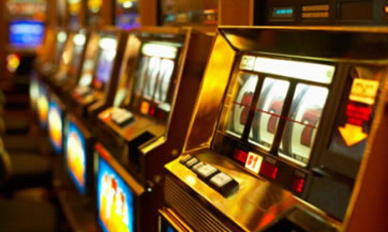 A principios de octubre, el jefe del SAT, Alfredo Gutiérrez Ortiz Mena, dijo que serían sometidos a revisión todos los casinos que operan en el país. (Foto: Thinkstock)