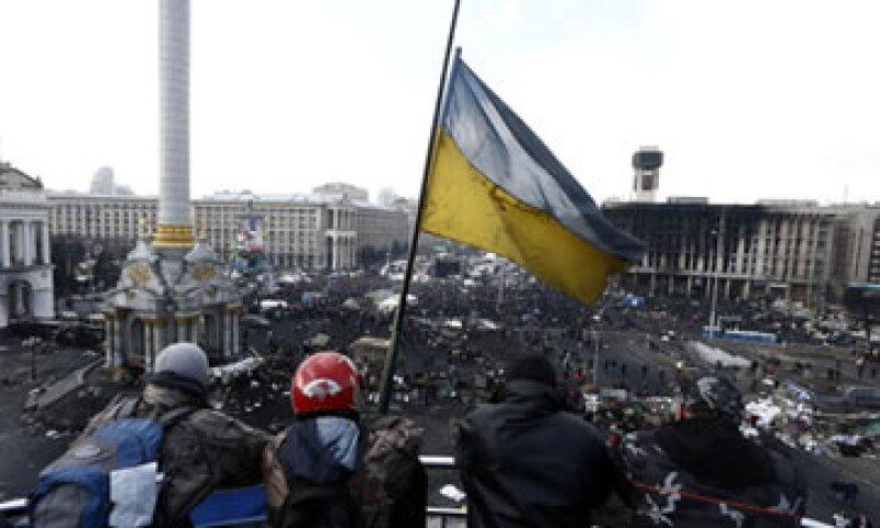 Este viernes el Gobierno de Ucrania aceptó adelantar las elecciones a finales de este año. (Foto: Getty Images)