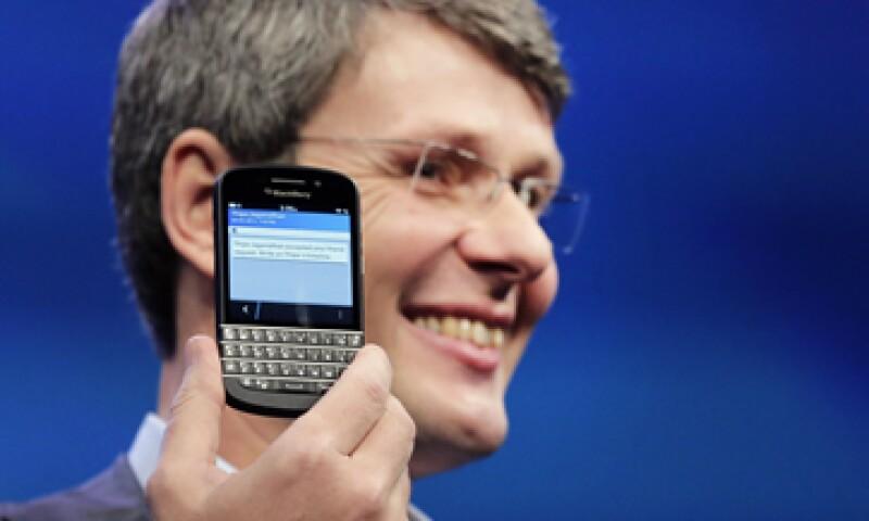 Esto no se trata solo de teléfonos inteligentes y tabletas, dijo Thorsten Heins, presidente ejecutivo de BlackBerry. (Foto: AP)