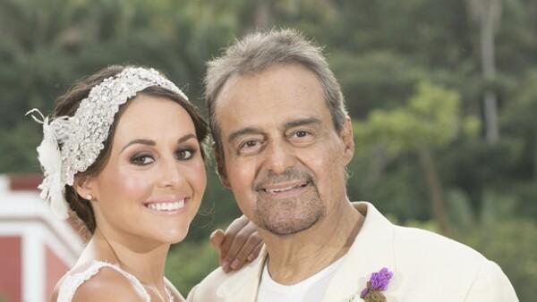 Zuria posó junto a su querido papá, el reconocido actor Gonzalo Vega.