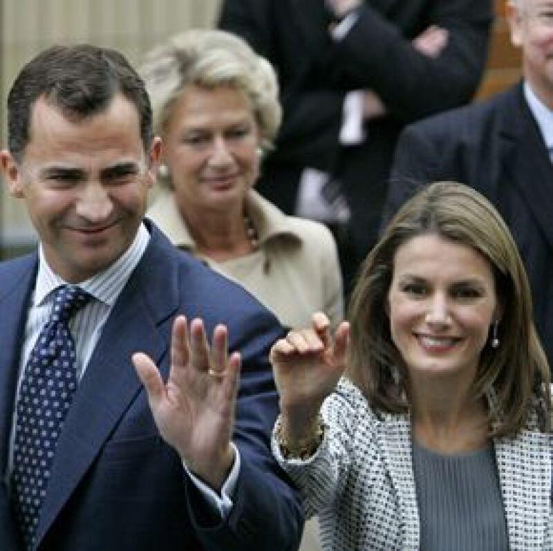 Los príncipes de Asturias llegaron hoy a la Cd. de México para una visita oficial de cinco días.