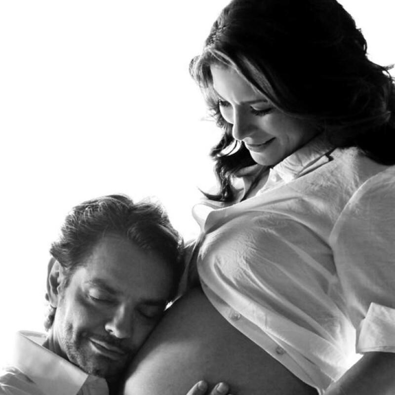 Aitana, hija de Eugenio Derbez y Alessandra Rosaldo nació por fin, después de 26 horas de parto; Kim fue retada por Jimmy Kimmel a un concurso de cambiar pañales; Ariana Grande rompe con su novio.