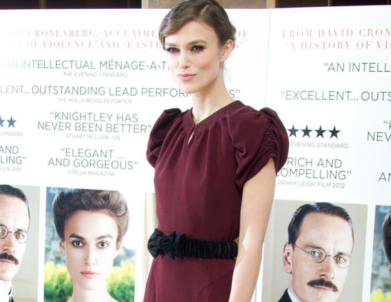 Sara Keene, publicista de la actriz británica aseguró no tener más información acerca de cuándo podría ser la boda.