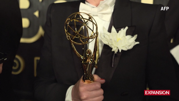 'Game of Thrones' amplía su reinado al llevarse nueve Emmys