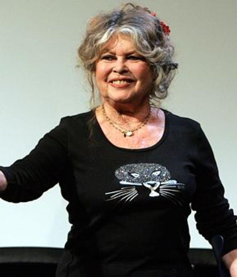 La legendaria actriz francesa le envió una carta abierta a la candidata republicana.