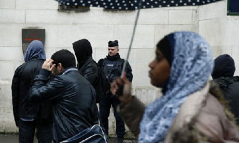 El gobierno de Francia insiste en la necesidad de luchar sin piedad contra el terrorismo y las amenazas al orden público. (Foto: EFE)