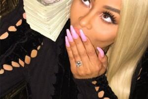 Como señal de su compromiso, Rob le dio a Blac un anillo de más de 300 mil dólares.