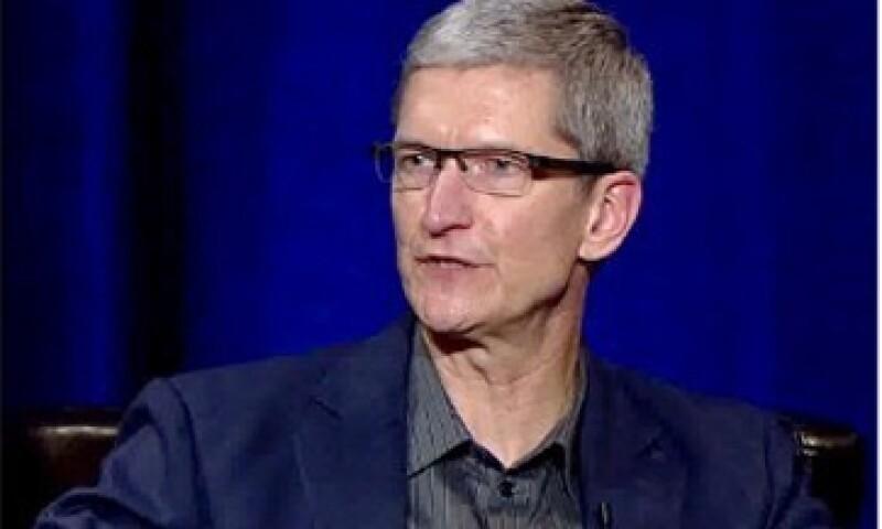 Tim Cook dijo que el iPod no es un producto más barato, es un buen producto que cuesta menos. (Foto tomada de Fortune)