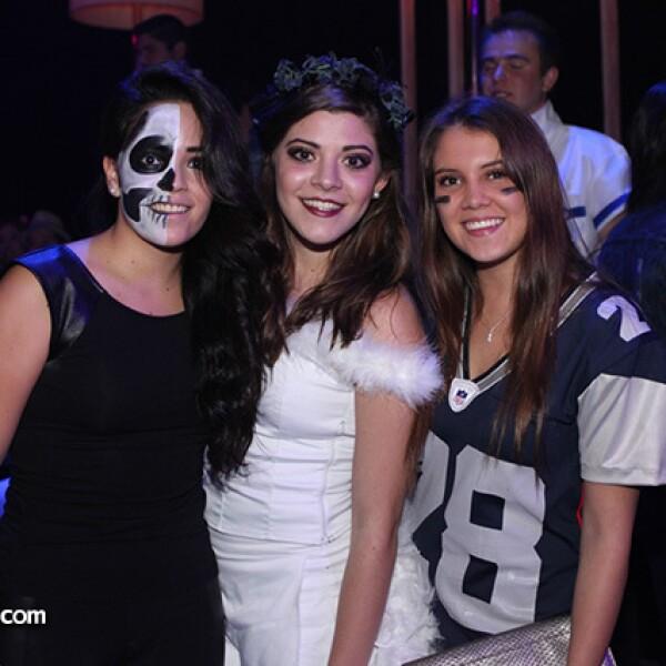 Martha Paola Aguilera,Ximena Correa y Fernanda Prado