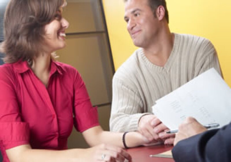 El presupuesto es fundamental antes de hacer una inversión en pareja. (Foto: Jupiter Images)