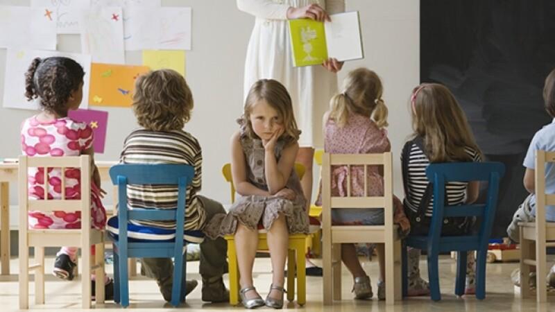 escuela ninos alumnos kinder enojo aprendizaje