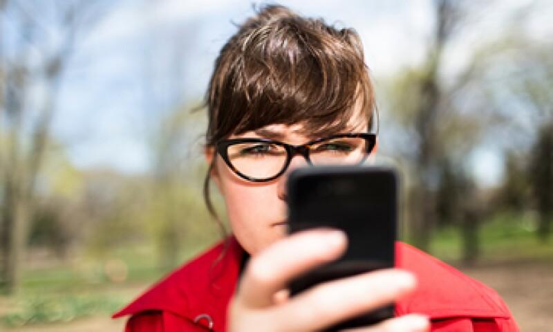 Al enviar un mensaje de texto, se puede afectar al equilibrio. (Foto: Getty Images)