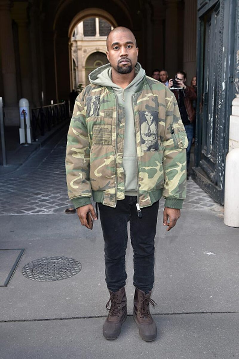 Kanye West aseguró en una plática, que dio en una universidad inglesa, que Barack Obama lo llama a su casa.