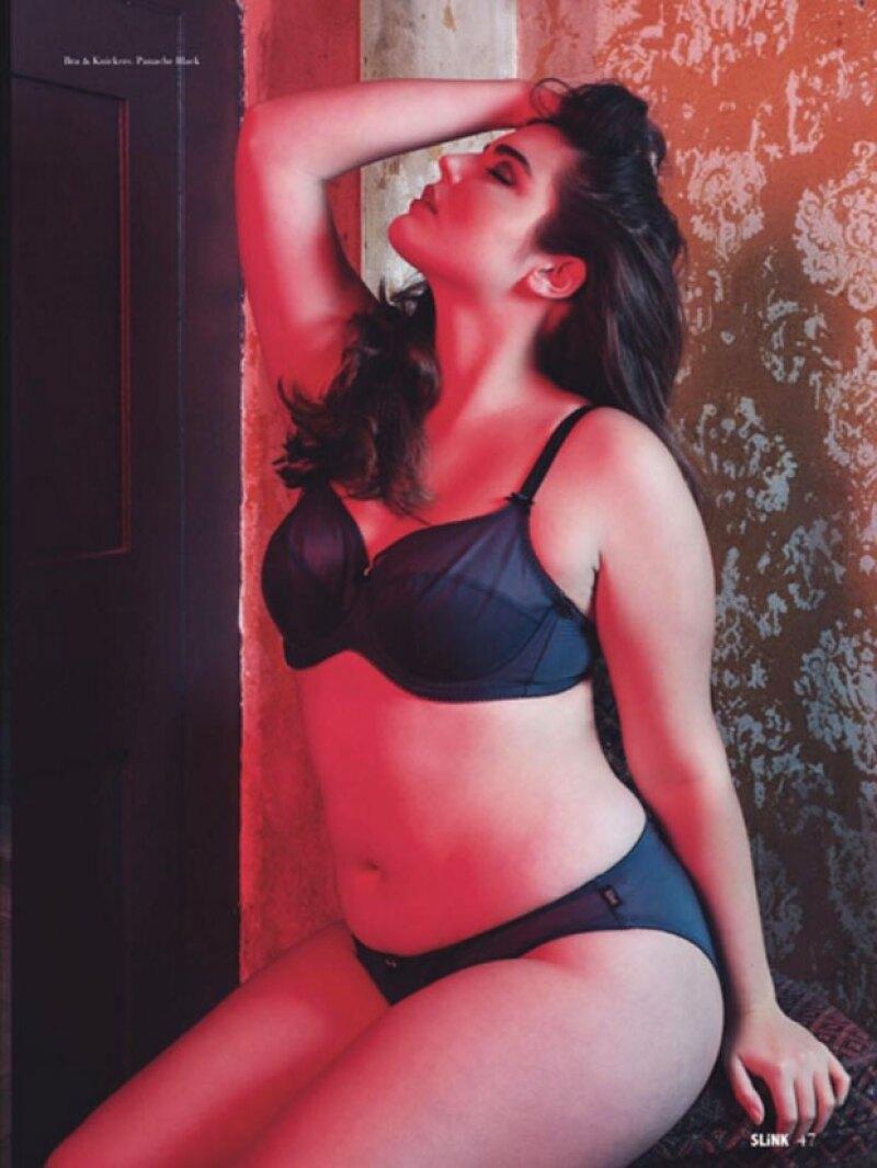 Alessandra es de raíces cubanas y nacida en Los Ángeles.