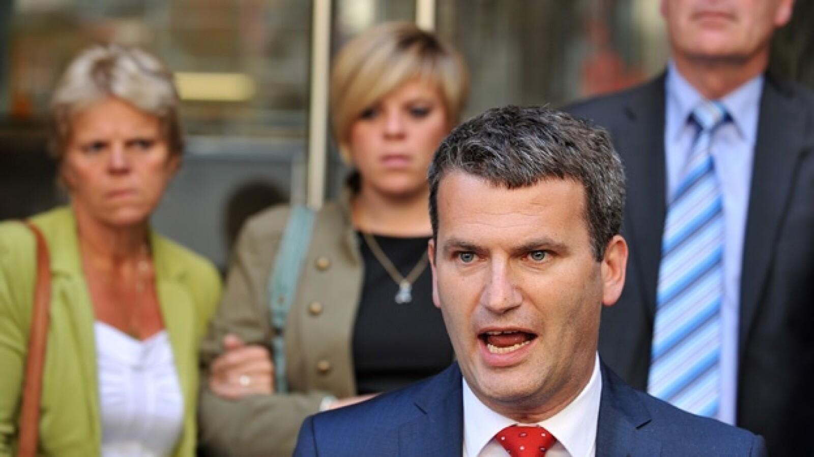 Murdoch - abogado de los Dowler