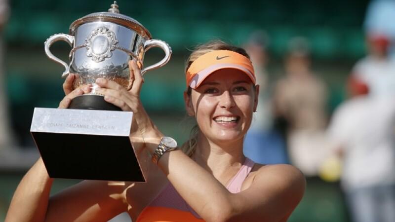 Maria Sharapova trofeo Roland Garros