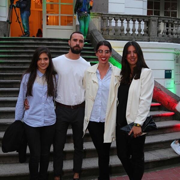 Karla Rodríguez,Manuel Diez,Isabella Sánchez Mejorada y Camila Sánchez Mejorada