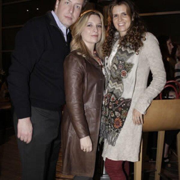 Alfredo Baños, Catalina Cervantes y Mónica Castro