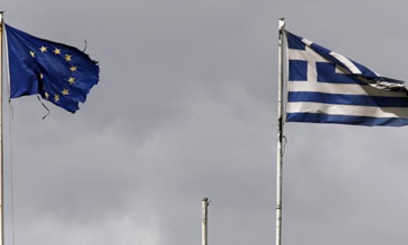 La eurozona dio luz verde a la ampliación del programa de rescate griego. (Foto: Reuters )