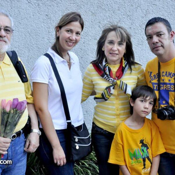 Jorge Infante, Silvia y Rocío Cano, Camilo Infante y Camilo Infante Jr.