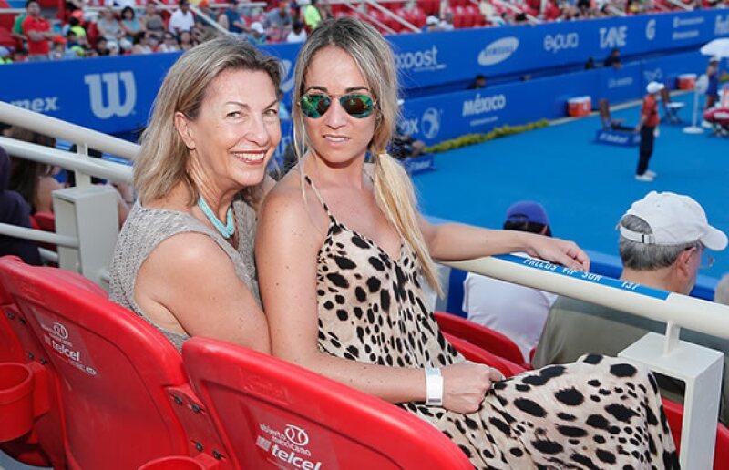 En febrero, Marie Thérèse y su hija Paula Arango tuvieron una agenda muy apretada y asistieron a varios eventos juntas: altruistas, de arte y deportivos.
