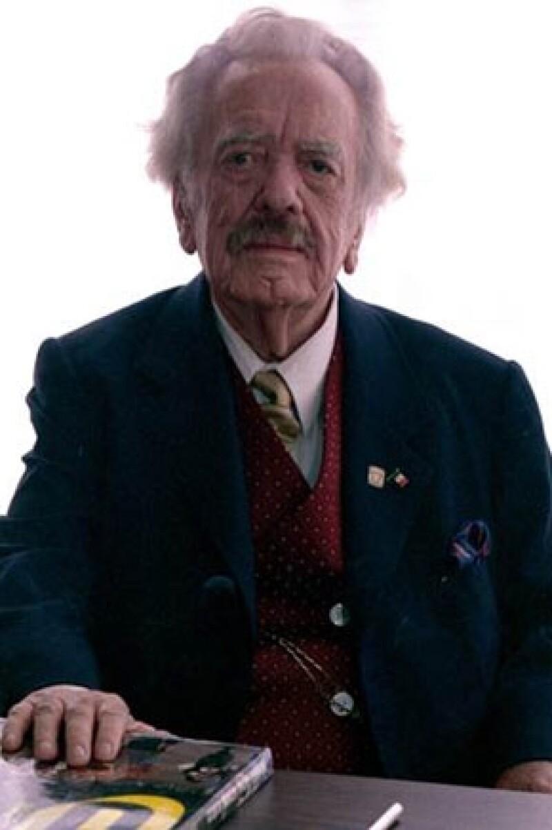 El también traductor veracruzano falleció ayer a los 89 años de edad; su cuerpo será velado en una funeraria localizada en Félix Cuevas.