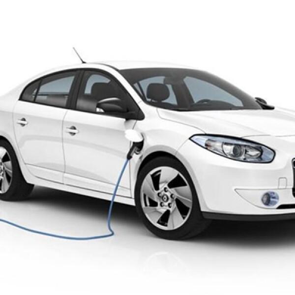 Este vehículo está pensado para clientes particulares o flotas en busca de un automóvil de estatus, que sea al mismo tiempo económico y más ecológico.