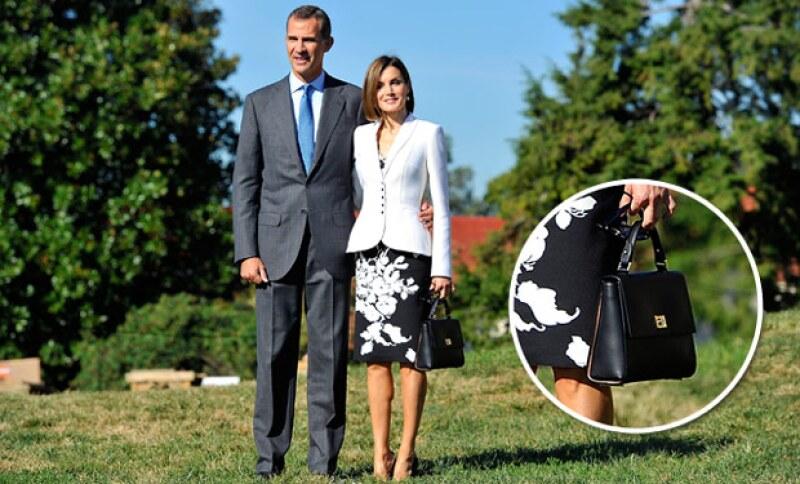 Hoy, la esposa del rey Felipe VI de España cumple 43 años y lo ha celebrado en la Casa Blanca acompañada de Barack y Michelle Obama, para el gran día lució diseños de prestigiosas firmas.