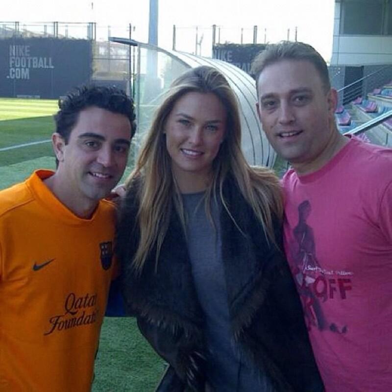 Bar Refaeli subió esta foto con Xavi el 7 de octubre.