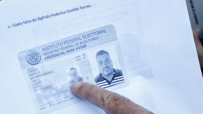 """Los datos de las credencial resultaron duplicados y hasta inventados para sumar apoyos para Jaime Rodríguez Calderón """"El Bronco""""."""