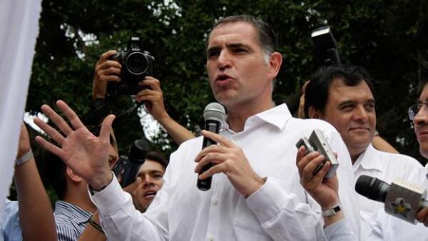 Gabino Cué acta