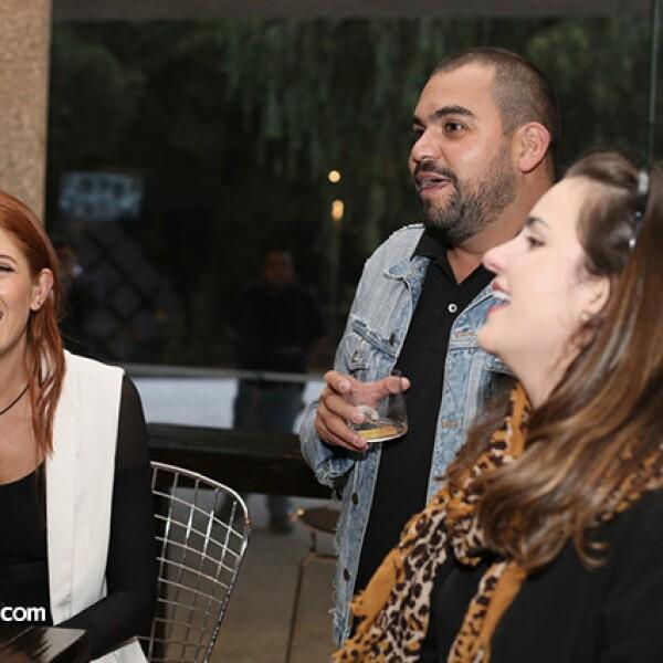 Paola Quintero,Gustavo García- Villa y Carla Gulesseri