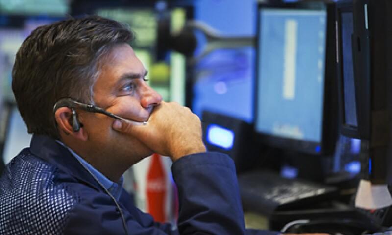 Los inversores deben permanecer vigilantes ante los cambios económicos en EU. (Foto: Reuters)