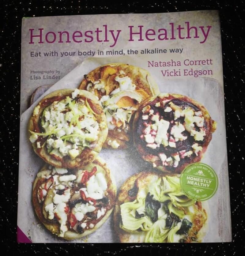 Esta foto del libro de recetas la compartió Victoria Beckham en su Twitter.