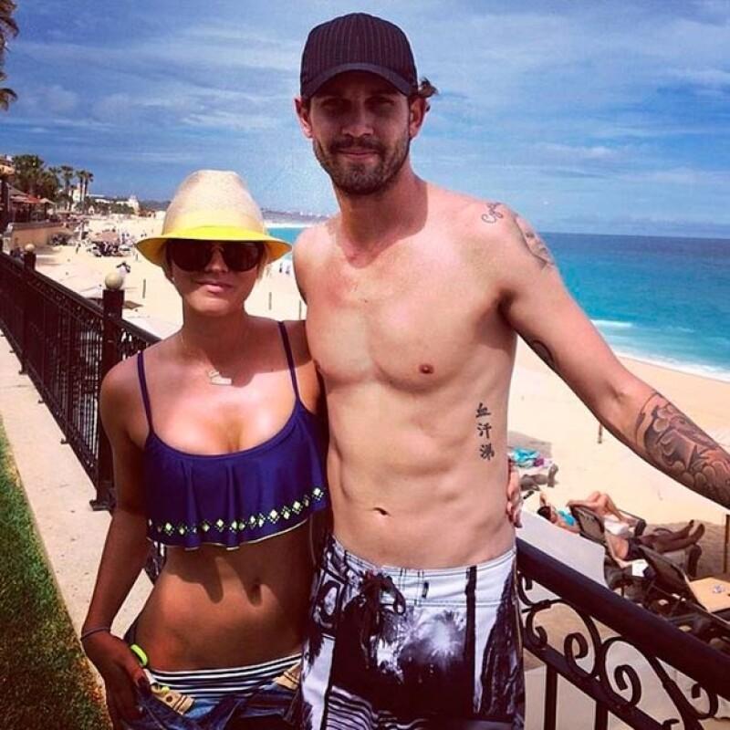 Los recién esposos disfrutaron de su amor en playas mexicanas.