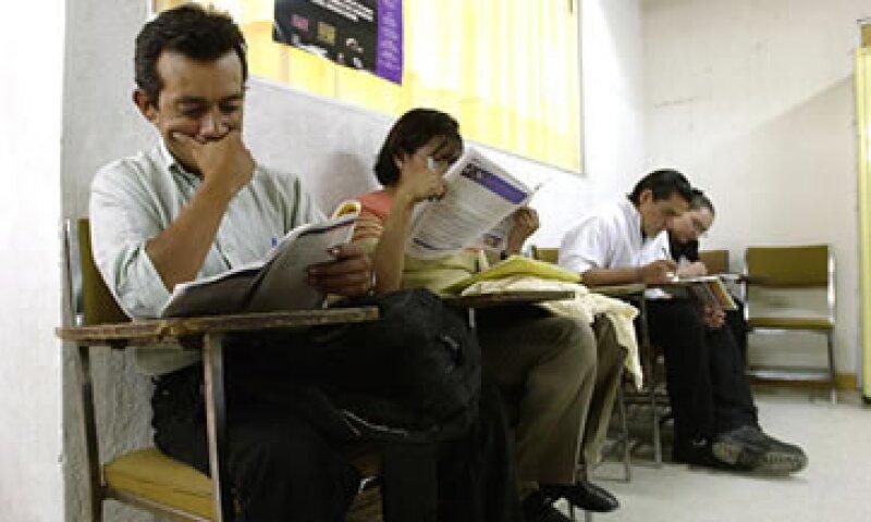 Los analistas esperaban una tasa de desempleo desestacionalizada de 5.47% en junio. (Foto: AP)