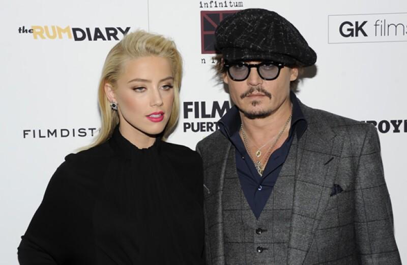 El reconocido histrión podría haber encontrado el amor en la actriz con quien protagonizó la cinta 'Los Diarios del Ron'.