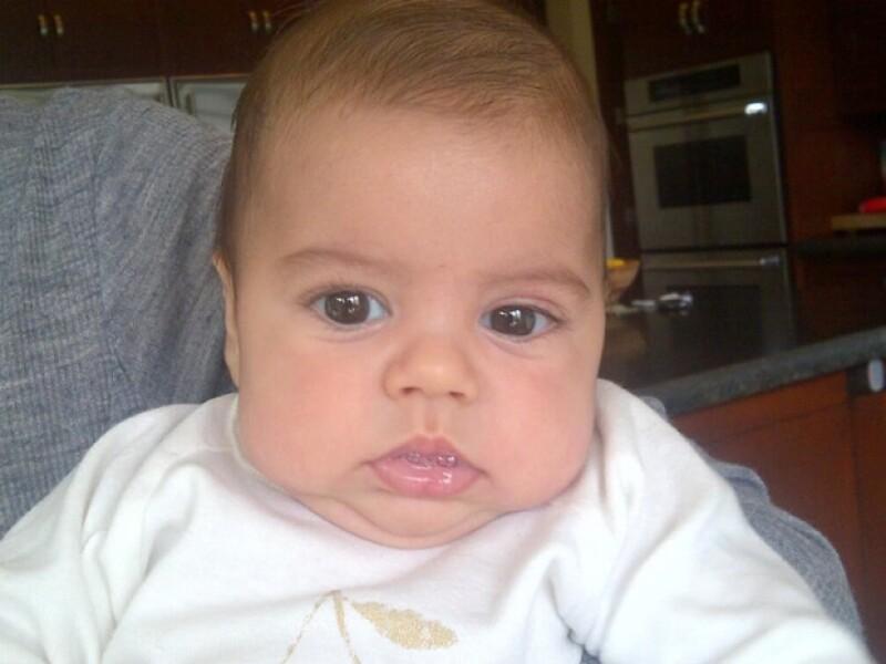 Milan tiene tres meses de nacido.