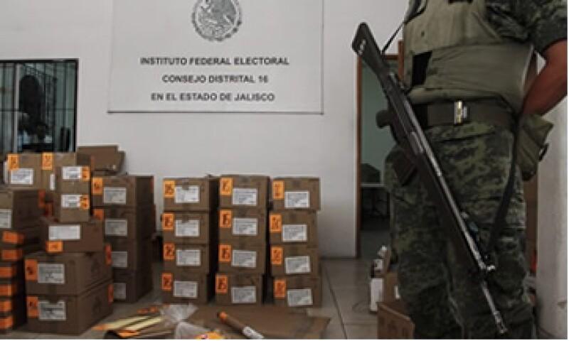 En caso de altercados, el presidente de casilla tiene la facultad de pedir el apoyo de la fuerza pública. (Foto: Cortesía CNNMexico)