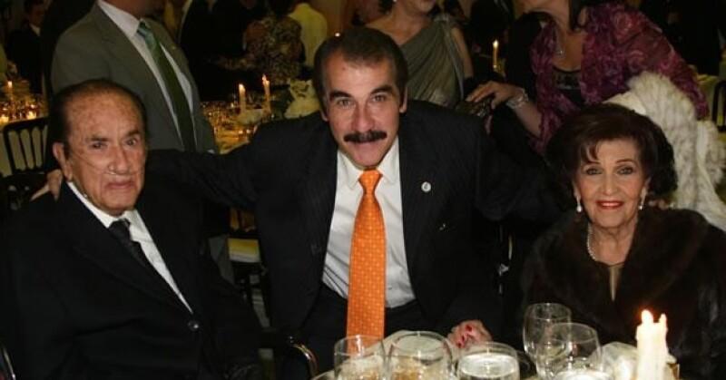 La Universidad Autónoma de Guadalajara se pone de luto con la muerte de su fundador y rector vitalicio.