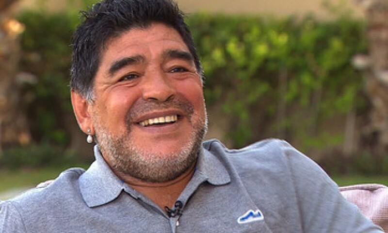 Maradona reconoce la prolífica carrera de Messi. (Foto: CNN )