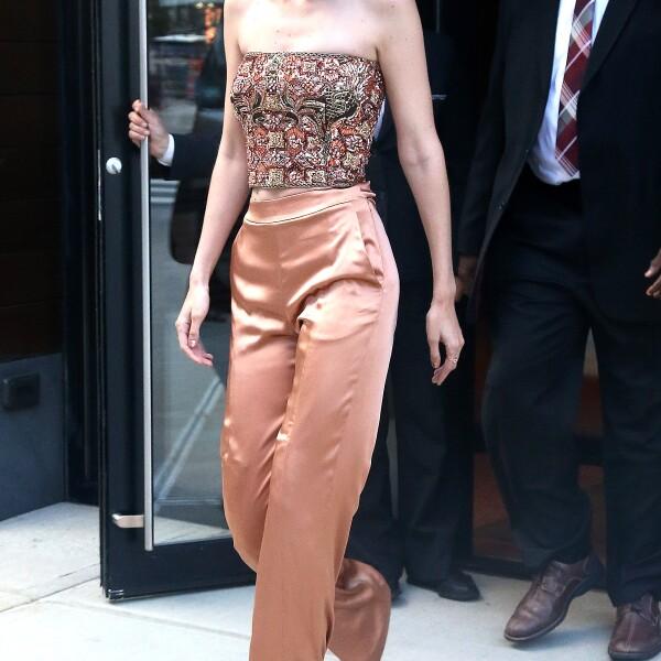 27 de junio - Gigi Hadid en Jonathan Simkhai