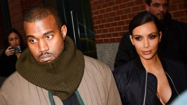 Al parecer Kanye no sólo busca que inviten a Kim a las mejores fiestas, sino también a la madre de ella, Kris Jenner.