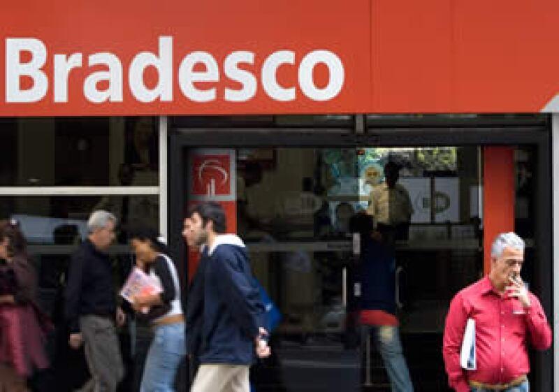 Bradesco espera concluir la transacción que le da entrada al país al 30 de marzo. (Foto: AP)