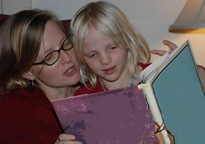 Alentar la lectura y la cultura grupal es el fin de esta convocatoria, que está abierta hasta el 15 de enero de 2010. (Foto: Especial)