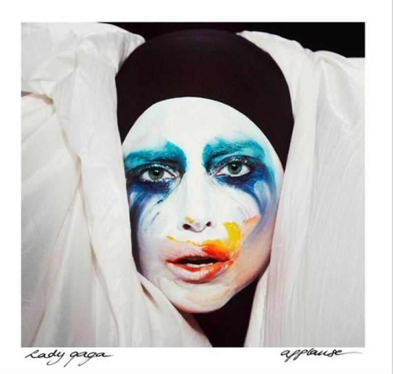 La imagen de la carátula del sencillo fue realizada por los fotógrafos holandeses Inez van Lamsweerde y Vinoodh Matadin. Una imagen diferente a lo que la cantante neoyorquina tenía acostumbrados.