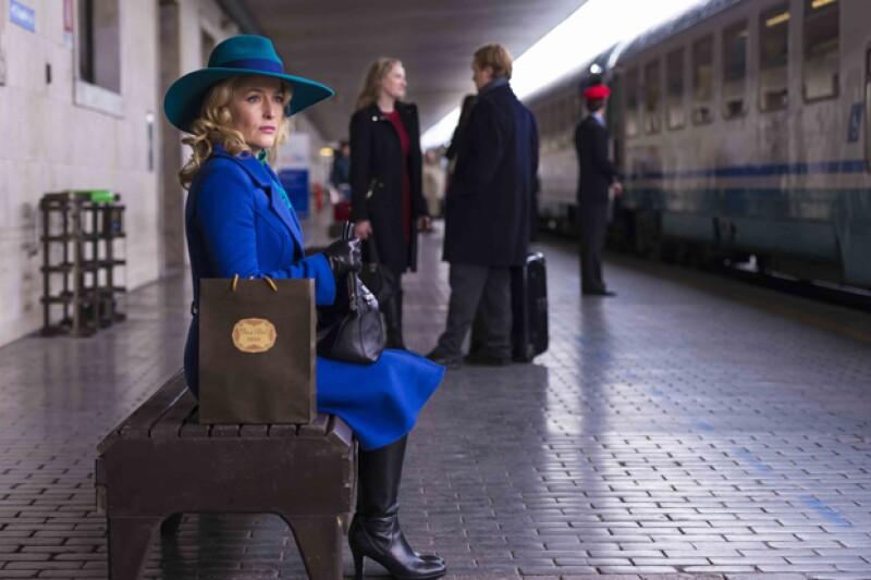 Gillian Anderson y su elegante silueta forman parte de la serie desde su inicio.