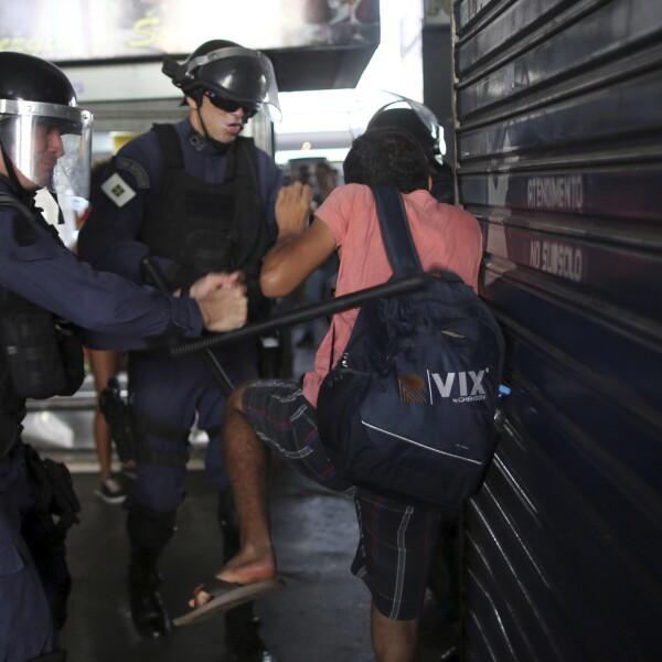 Agresiones a manifestantes