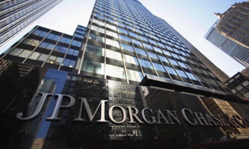 El jueves el presidente ejecutivo de JP Morgan se reunió con el fiscal general de EU. (Foto: Reuters)