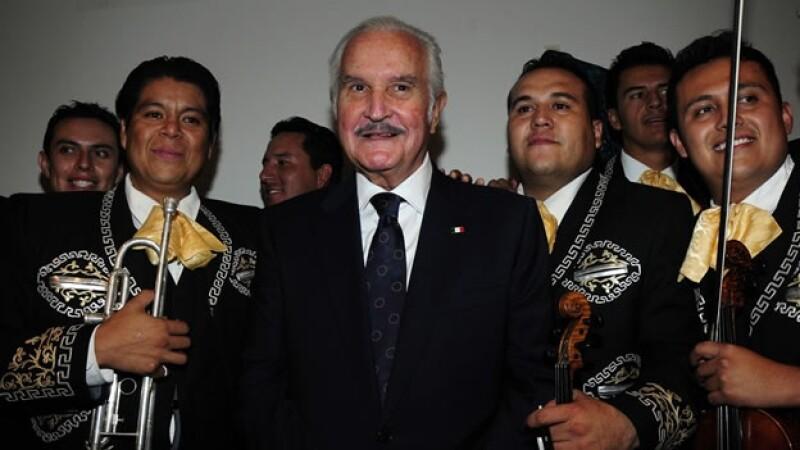 Carlos Fuentes en París